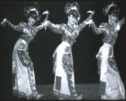 Seni Tari Ngarojeng